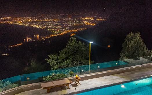 Magnifique villa, panorama stupéfiant, à Rogdia